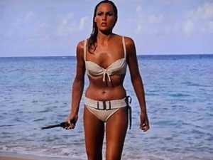 ursula-andress-in-dr-no